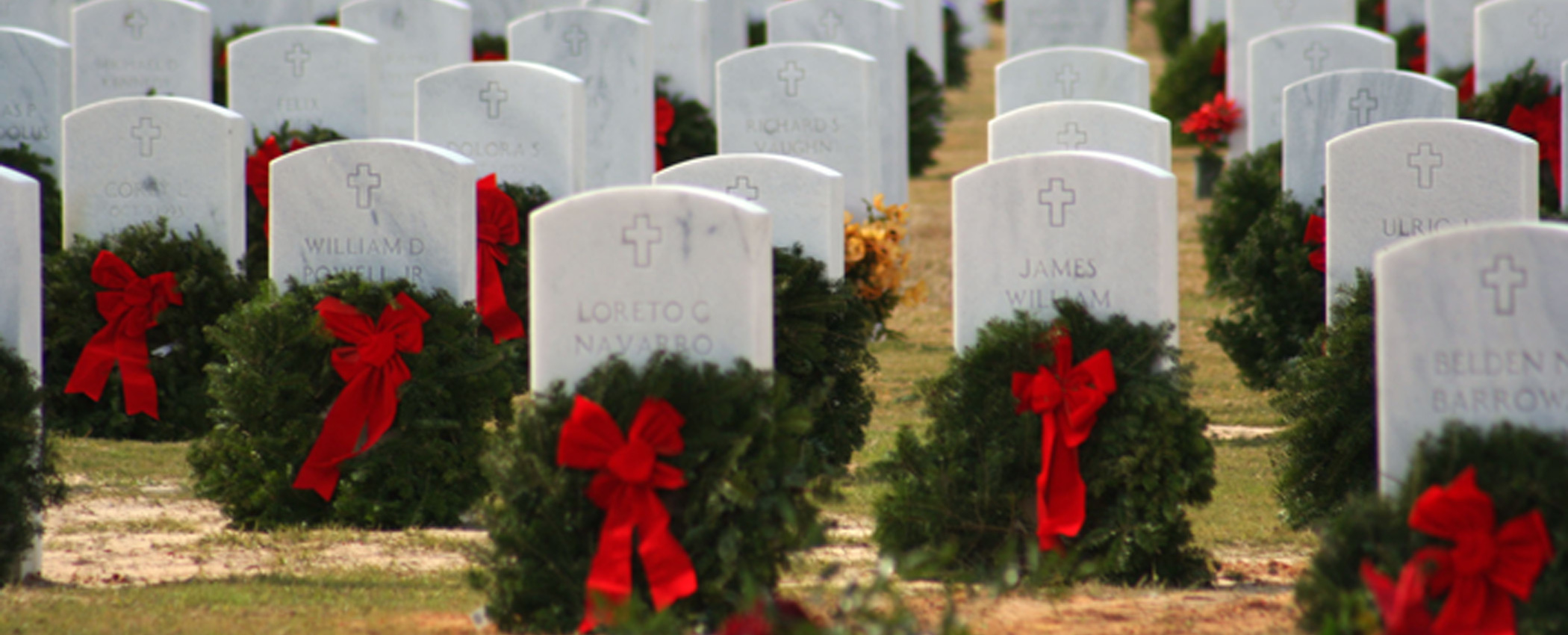 US Navy 101011 N 4482V 004 Wreaths are placed at Barrancas National Cemetery